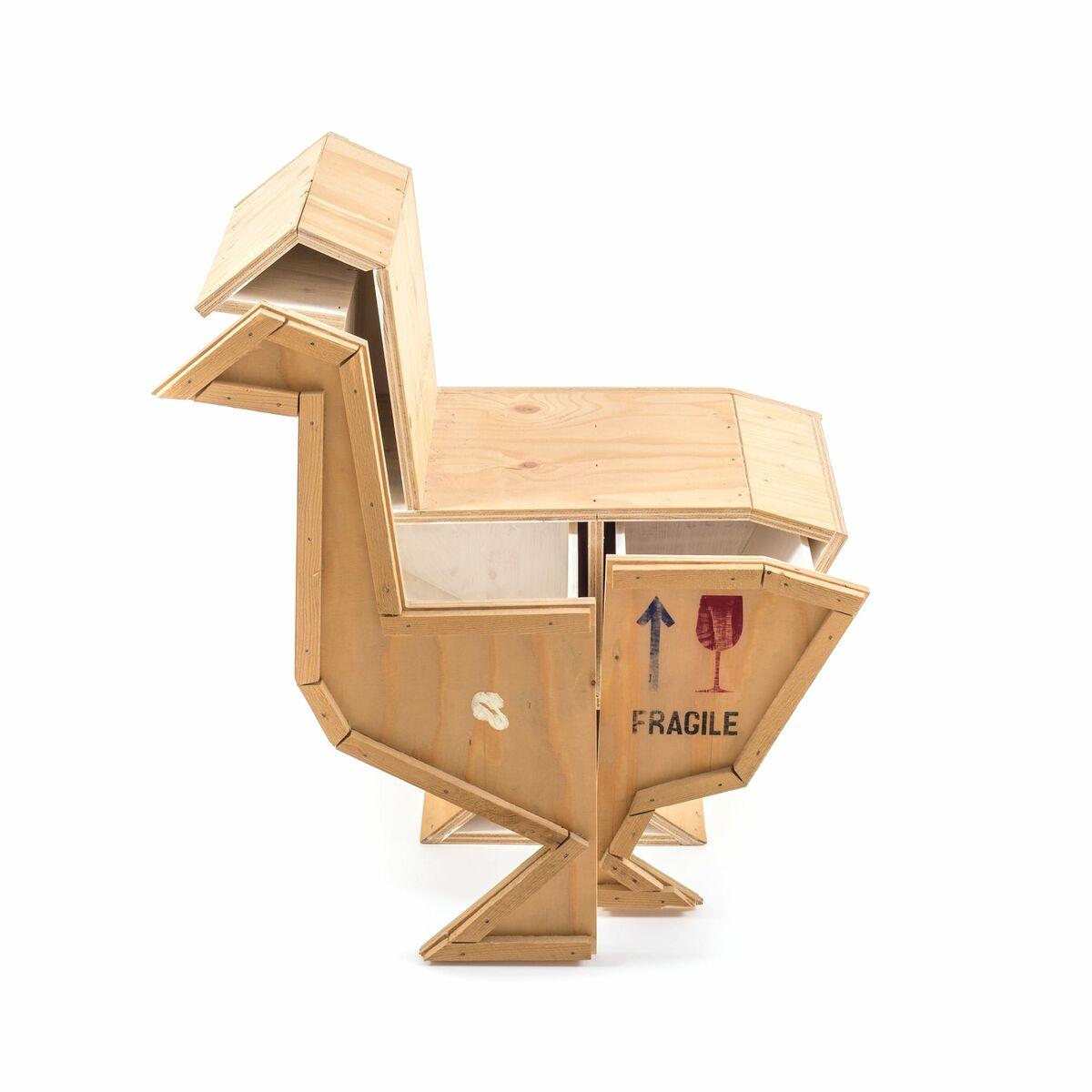Seletti sending animals wooden furniture goose